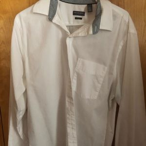 Men's Van Huesen dress shirt slim